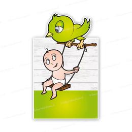 Geboortebord baby op schommel bij groen vogeltje